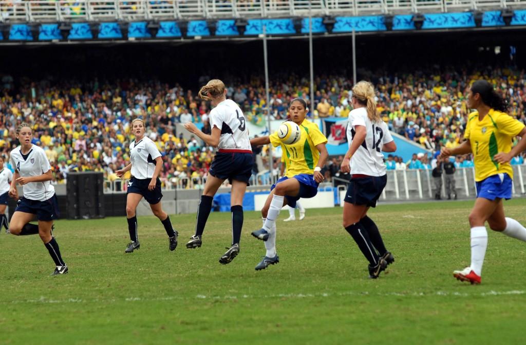 Un match entre les sections féminines du PSG et l'ASSE (Wikimedias commons)