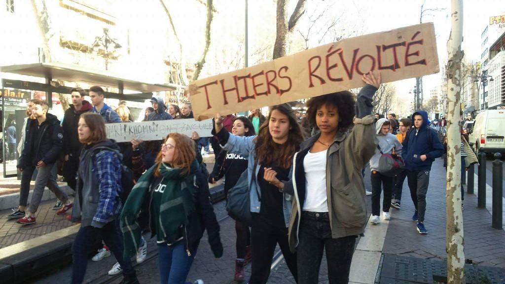 Thiers dans la manifestation marseillaise