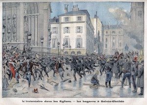 La loi de 1905 souleva également les passions à l'occasion de l'inventaire des biens de l'Eglise par les agents de l'Etat et fut à l'origine d'affrontements avec les forces de l'ordre